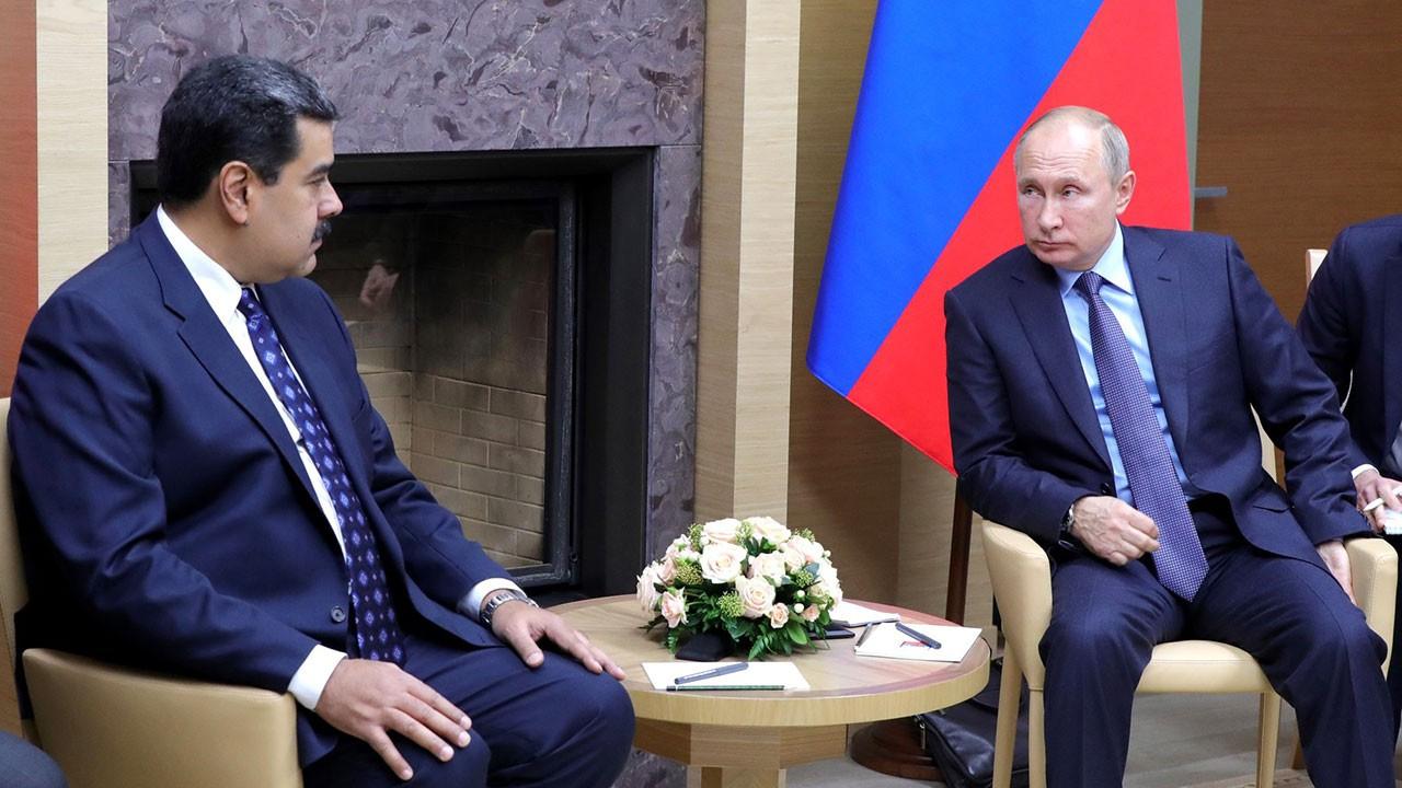 Pompeo: Ruslar Maduro'yu ülkede kalmaya ikna etti