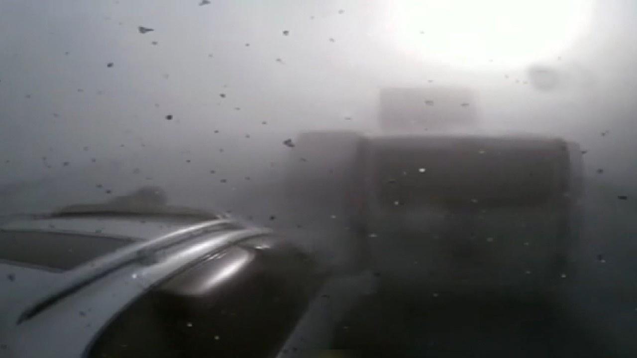 Zincirleme kaza kameralara böyle yansıdı