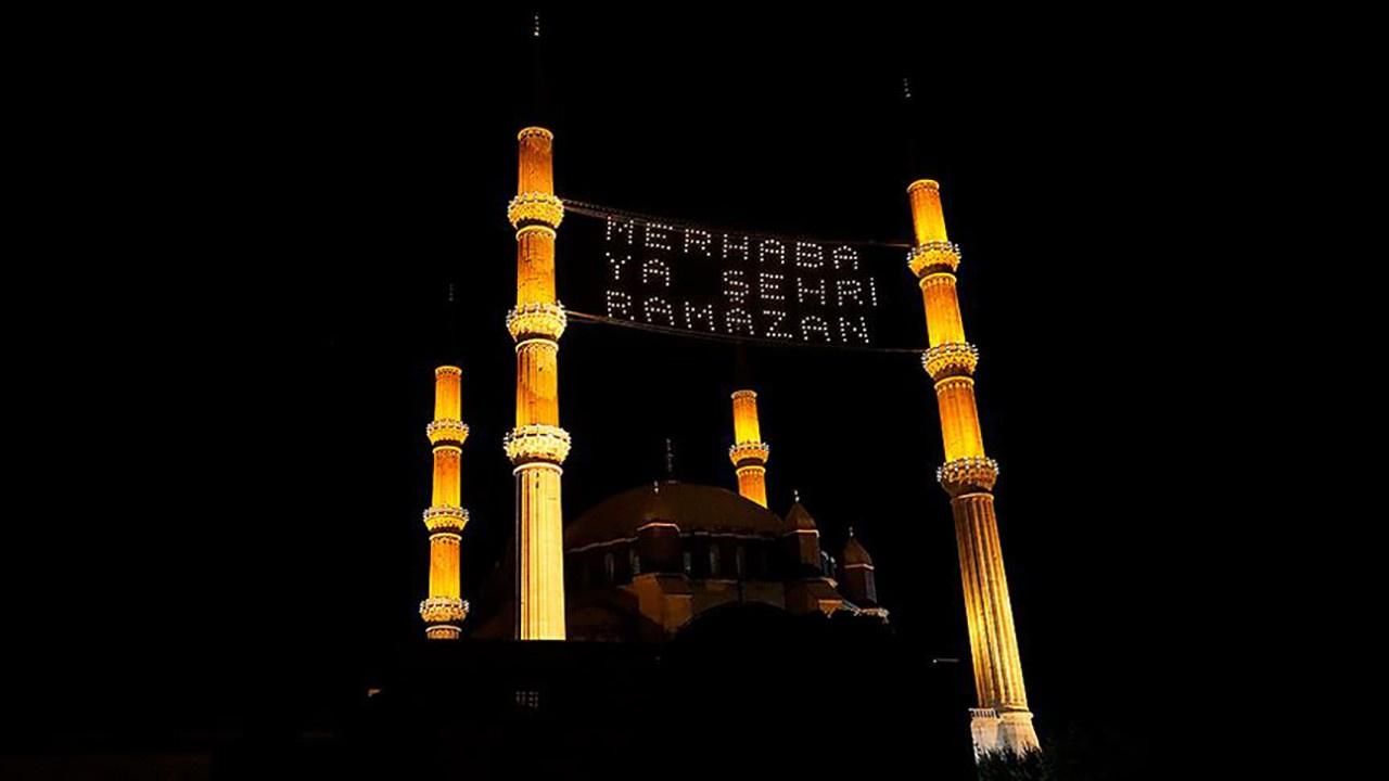 Ramazanın sembolü mahyalar nasıl hazırlanıyor?