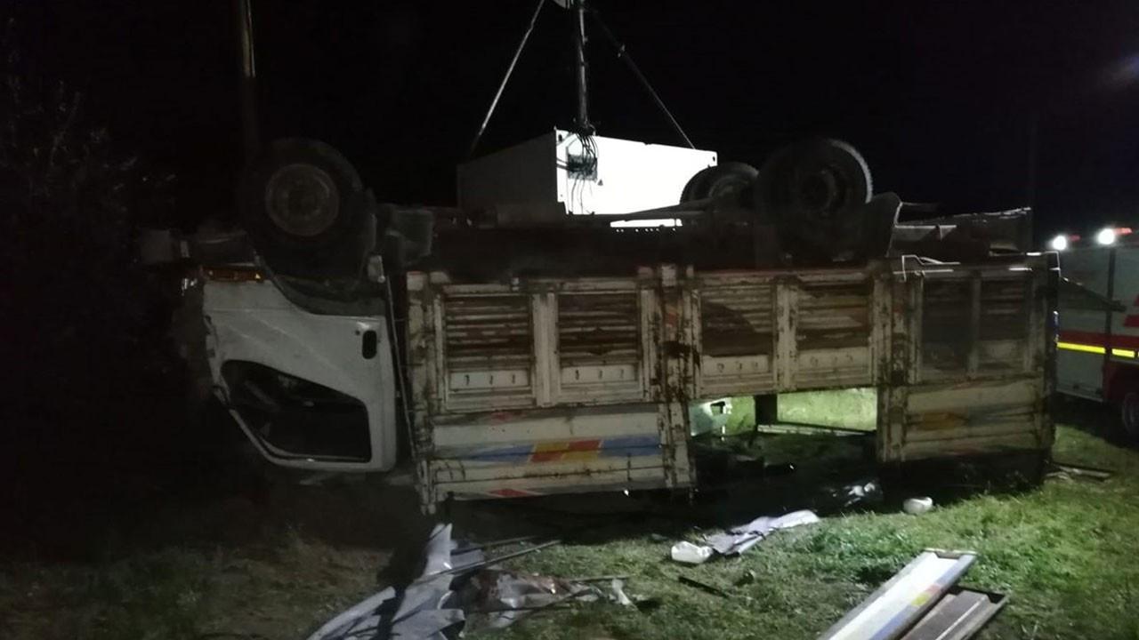 Van'da kamyon devrildi: 5 ölü