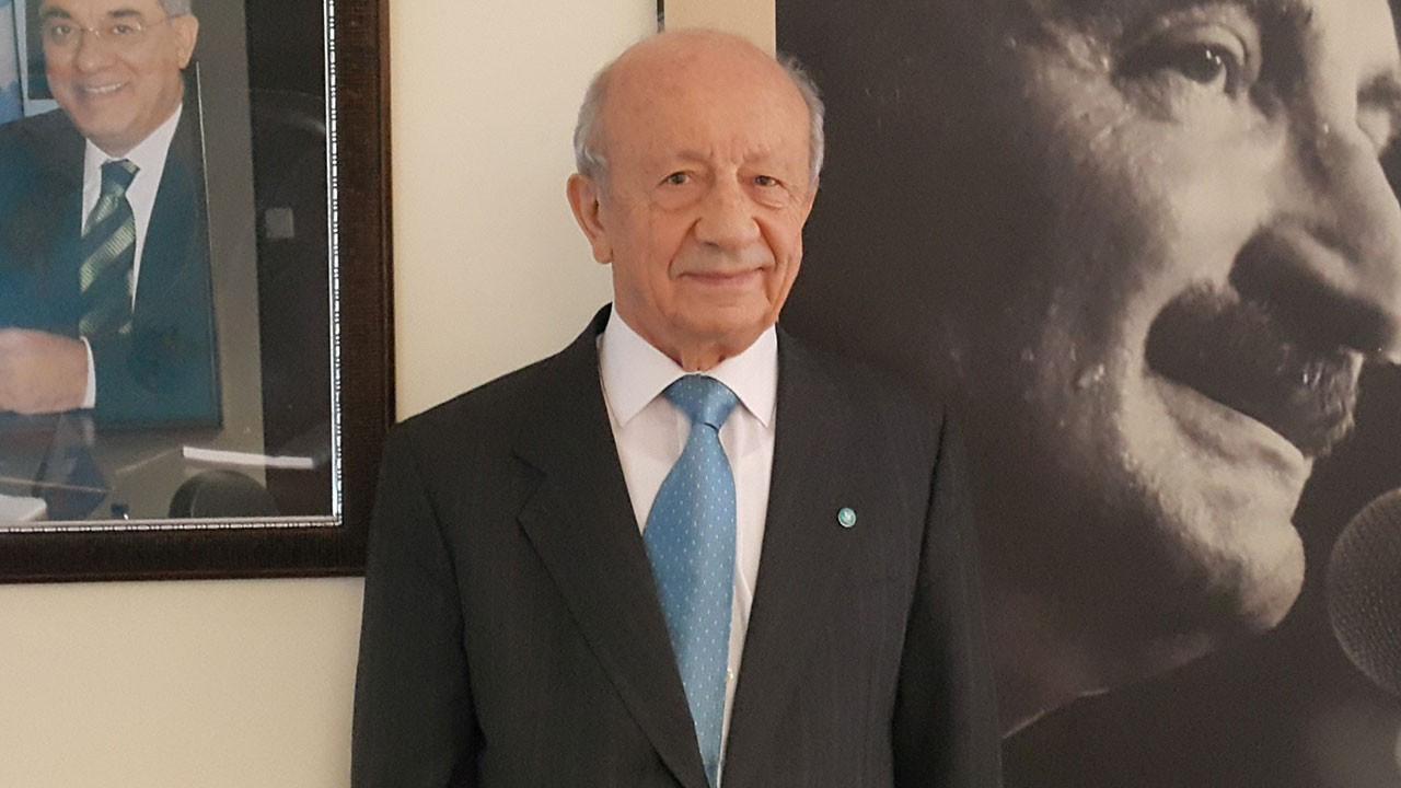 Hikmet Sami Türk İmamoğlu için istifa etti