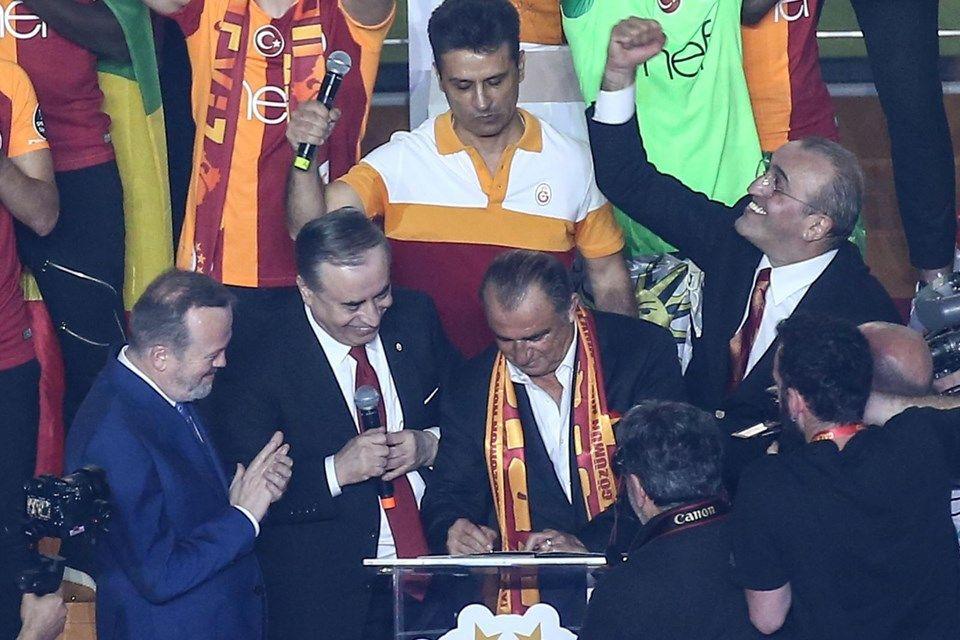 Galatasaray 22'nci şampiyonluğunu kutladı - Sayfa 4