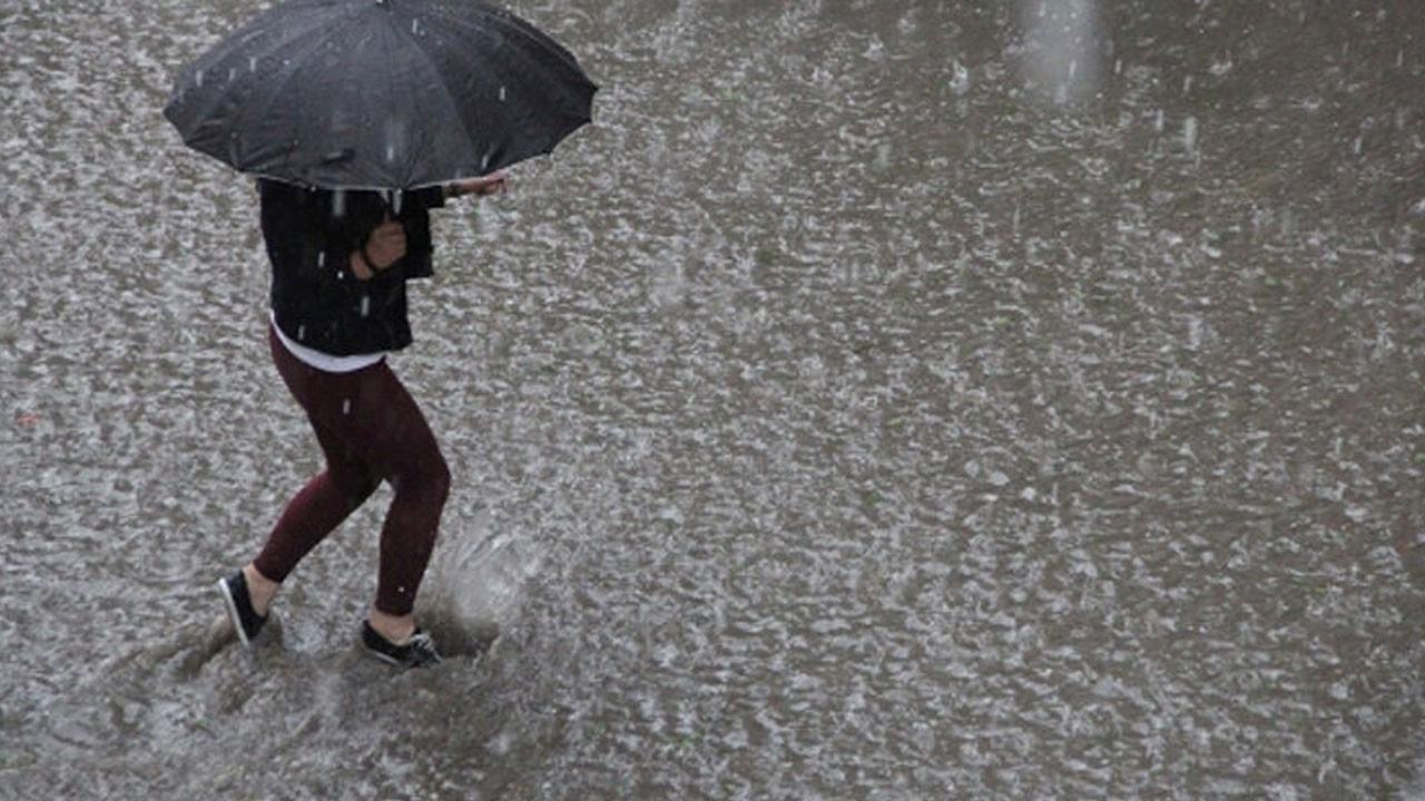 Meteoroloji İstanbul'un iki ilçesi için uyarı yayımladı