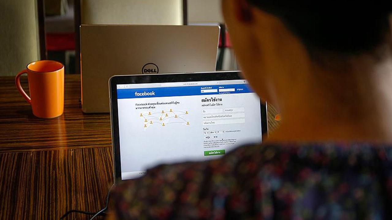 Facebook için izleyip ölüyorlar!