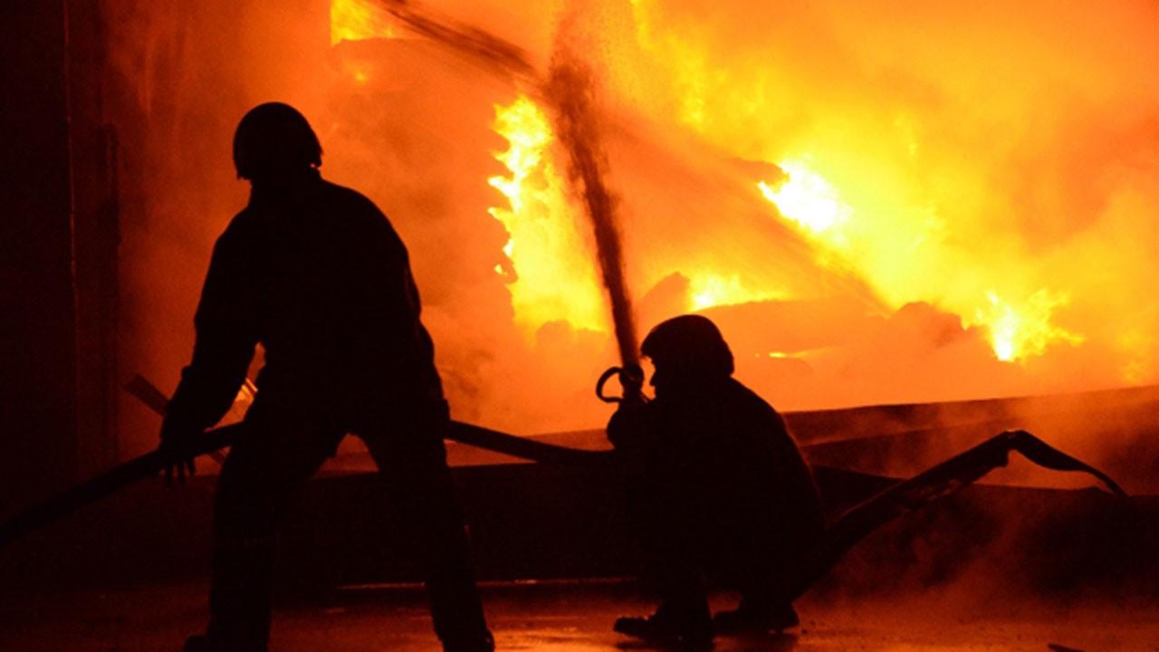 Endonezya'da yangın faciası!.. Çok sayıda ölü var!