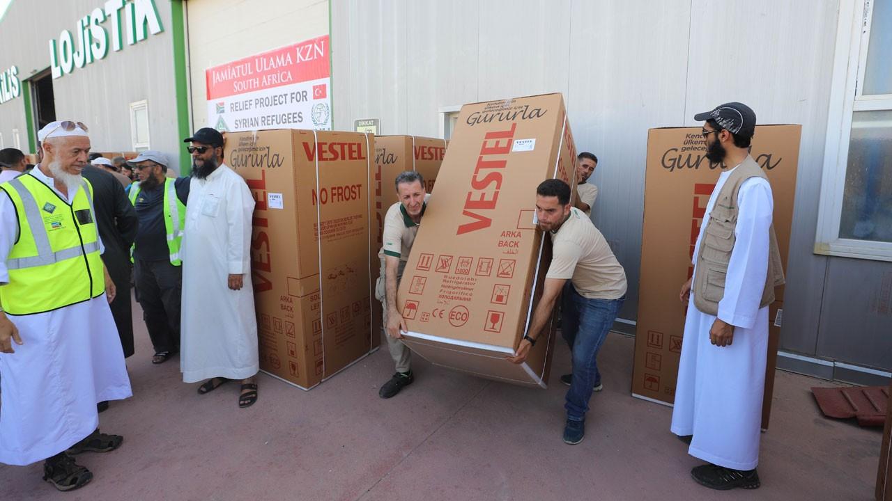 Suriyeli ailelere buzdolabı dağıtımı