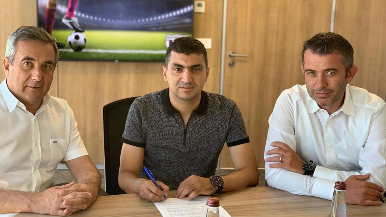 Bandırmaspor, yeni hocasına imzayı attırdı