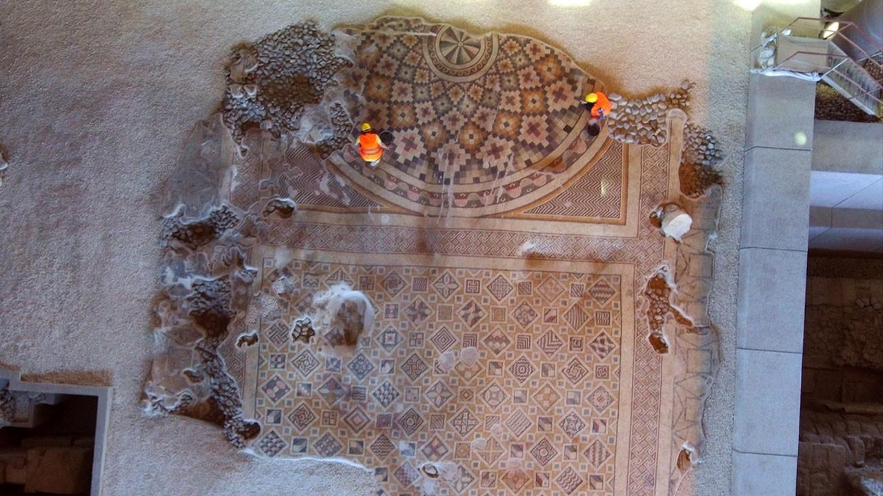 Milattan sonra 6. yüzyıla ait!..  Dünyanın tek parça ve en büyük taban mozaiği!