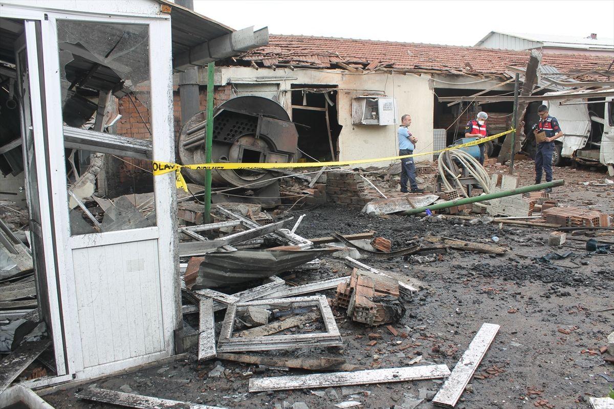 Balıkesir'de peynir fabrikasında patlama - Sayfa 1