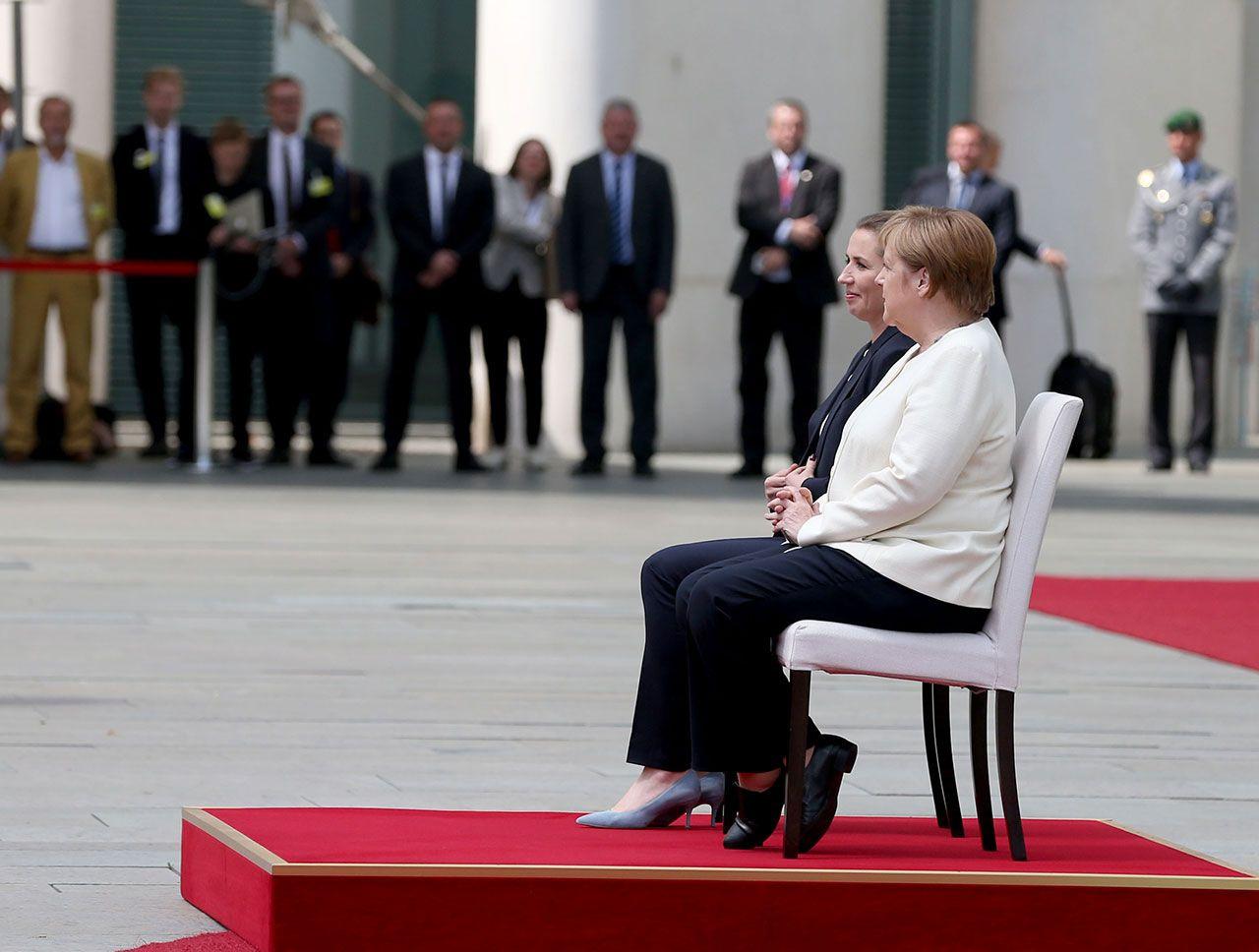 Merkel'e sandalyeli önlem - Sayfa 2