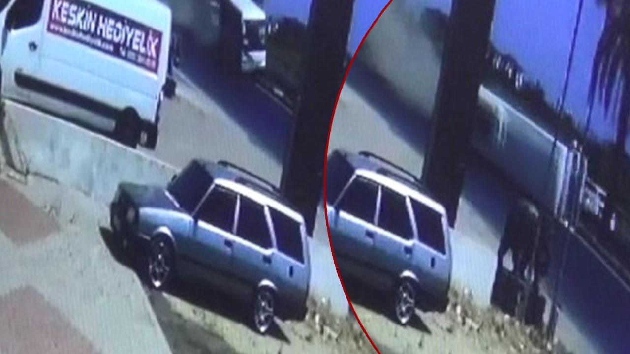 Tur midibüsünün kaza anı kamerada