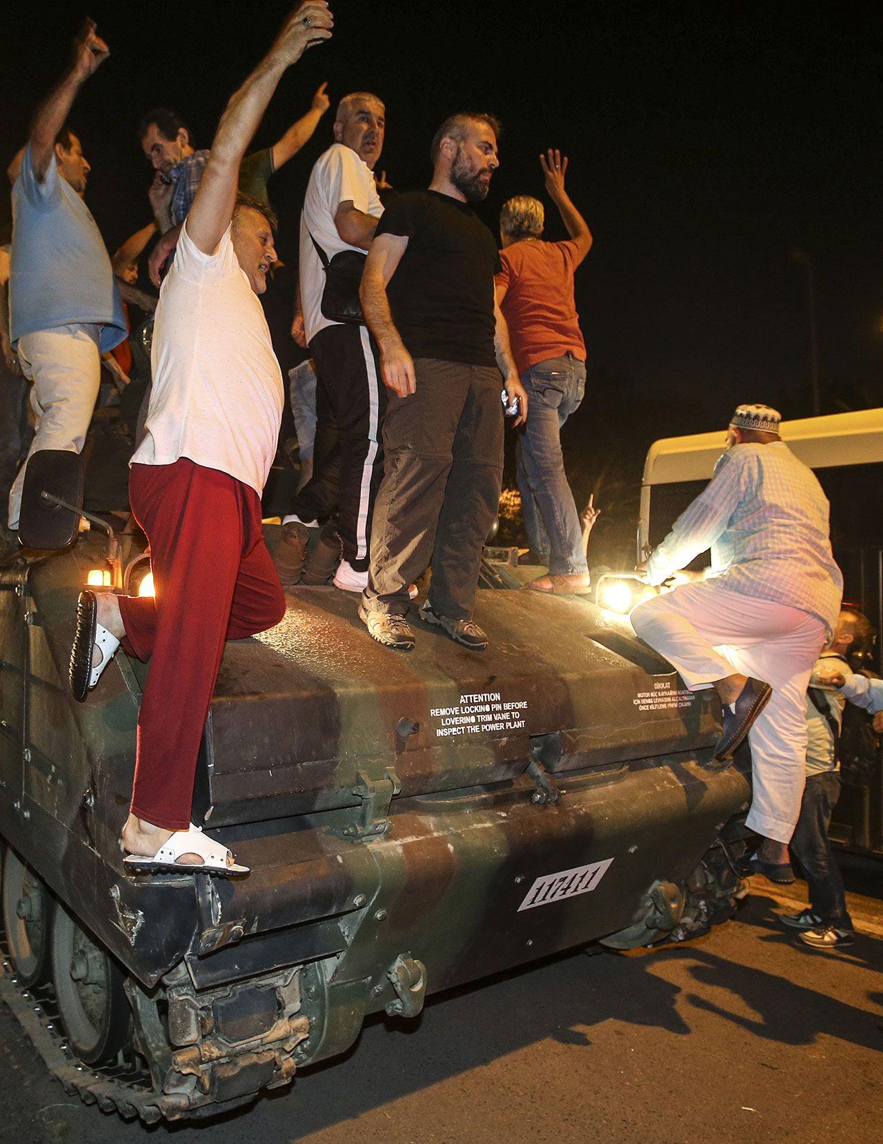 Türkiye'nin en kanlı gecesinde yaşananlar - Sayfa 3