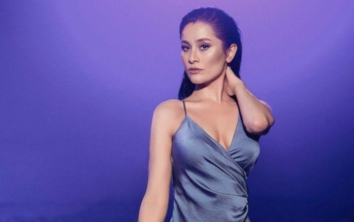 Elif Kaya'dan bikinili akrobasi şov - Sayfa 2