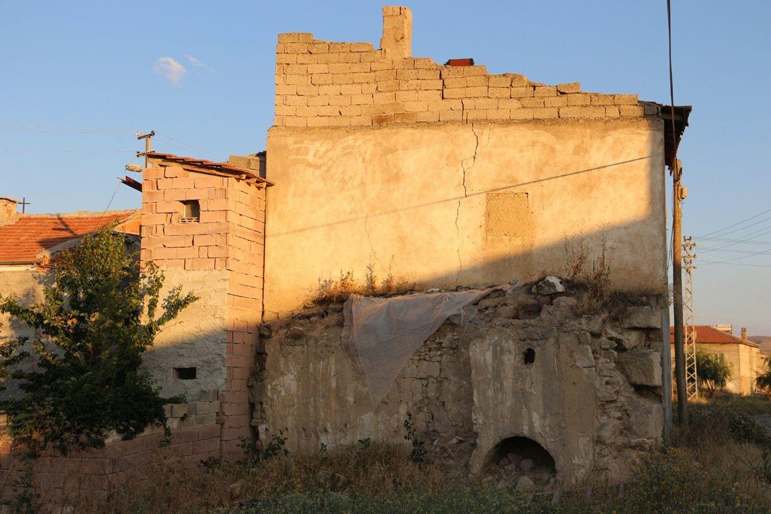 Yer: Kapadokya... Bahçe çökünce ortaya çıktı! - Sayfa 1