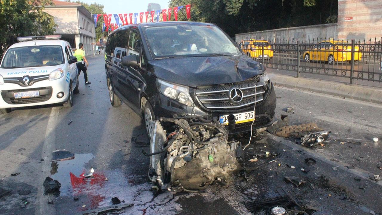 Beşiktaş'ta inanılmaz kaza! Motor dışarı fırladı