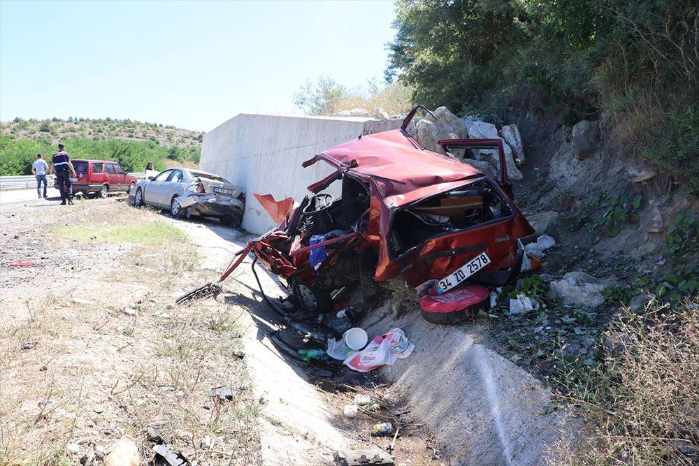 Kastamonu'da feci kaza: 1 çocuk öldü, 10 yaralı - Sayfa 1