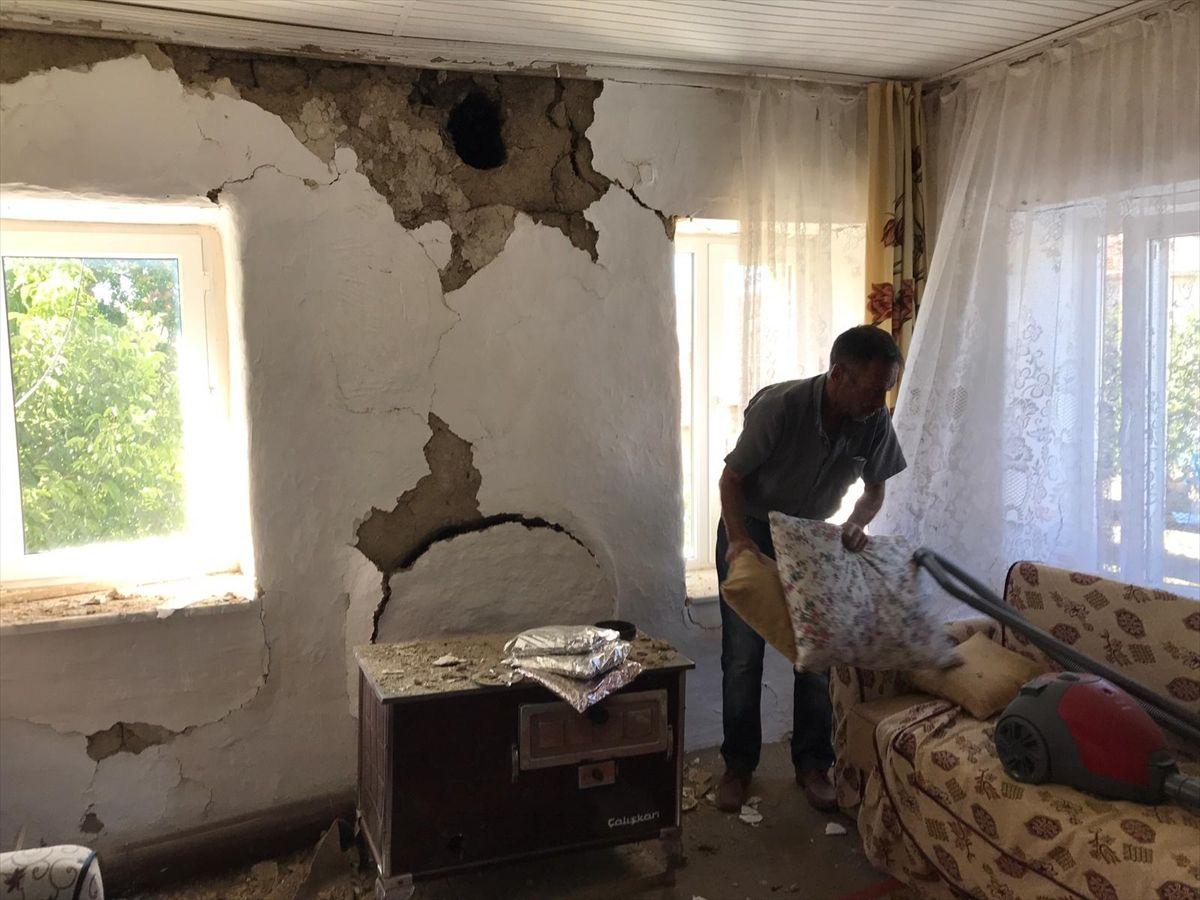 Deprem en çok zararı Tutluca Köyü'ne verdi - Sayfa 2