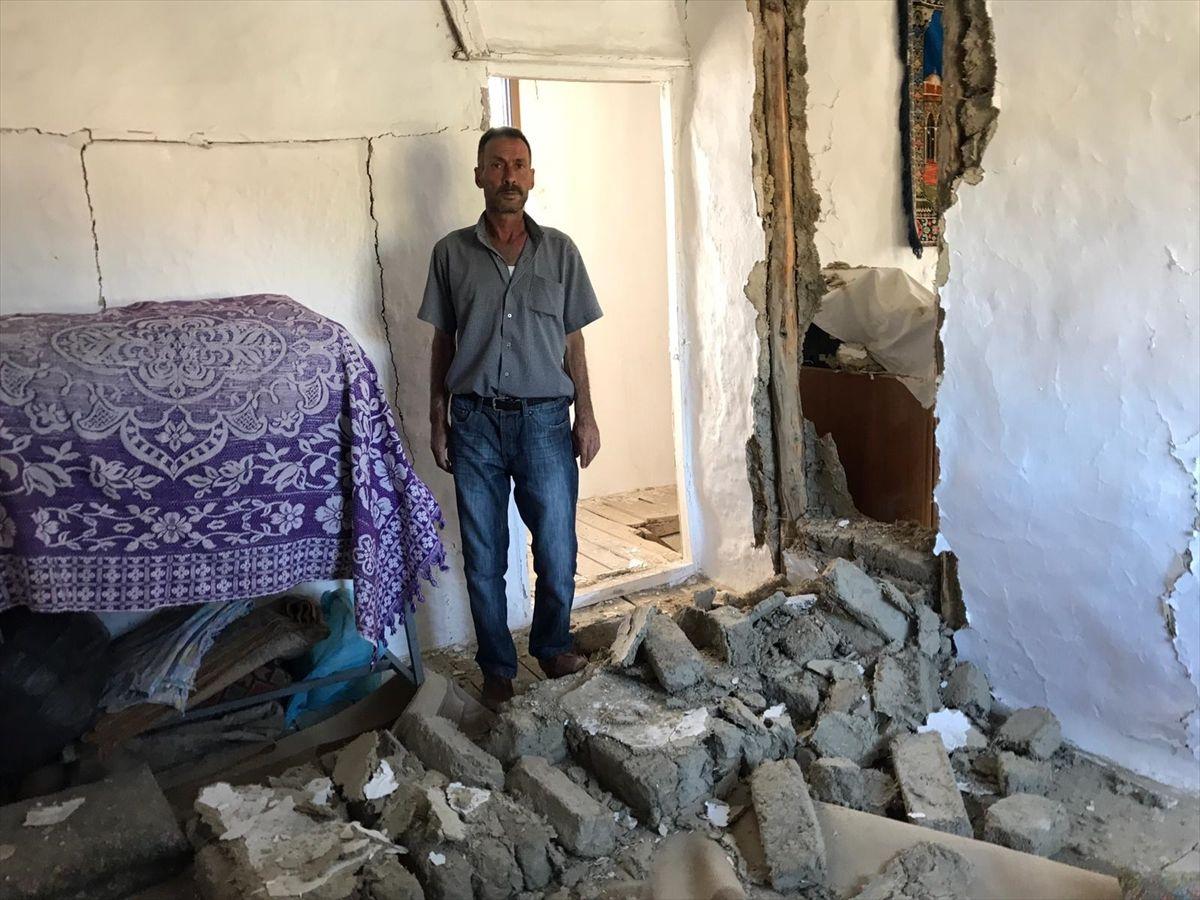 Deprem en çok zararı Tutluca Köyü'ne verdi - Sayfa 4