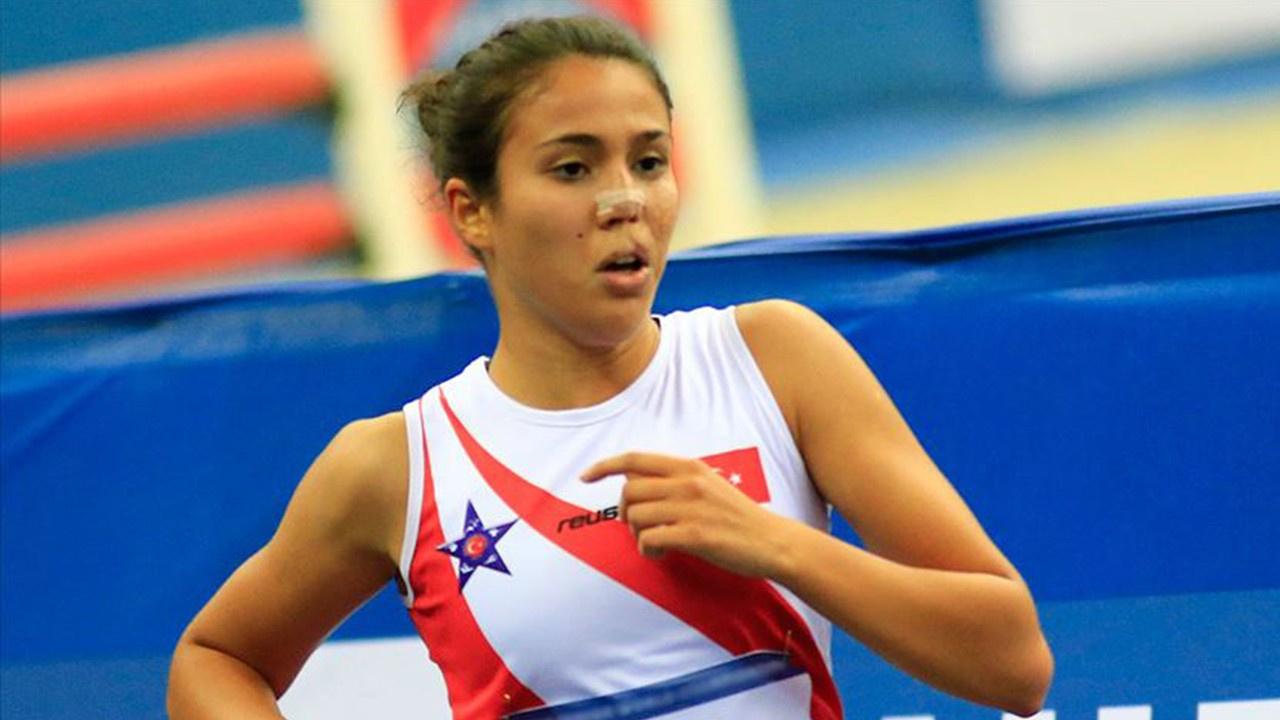 Milli sporcu İlke Özyüksel koşu ve atış kombinasyonunda dünya rekoru kırdı