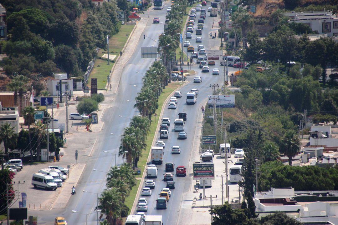 Dönüş çilesi başladı!.. 6 kilometrelik yolu 1 saatte geçebildiler! - Sayfa 1