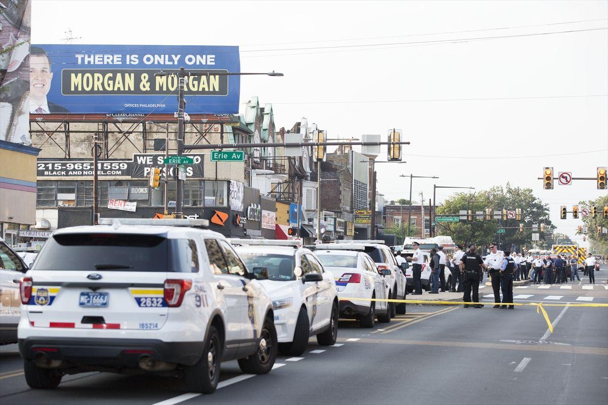 ABD'de silahlı saldırı!.. Yaralı polisler var! - Sayfa 2
