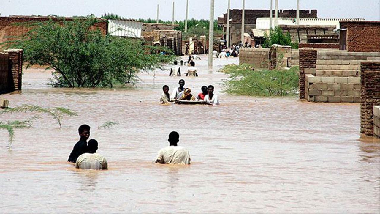 Sudan'da sel felaketi!.. Çok sayıda ölü var!