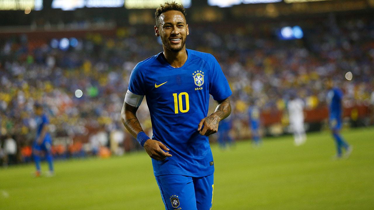 Neymar'ın Barcelona'ya dönmesine kesin gözüyle bakılıyor.