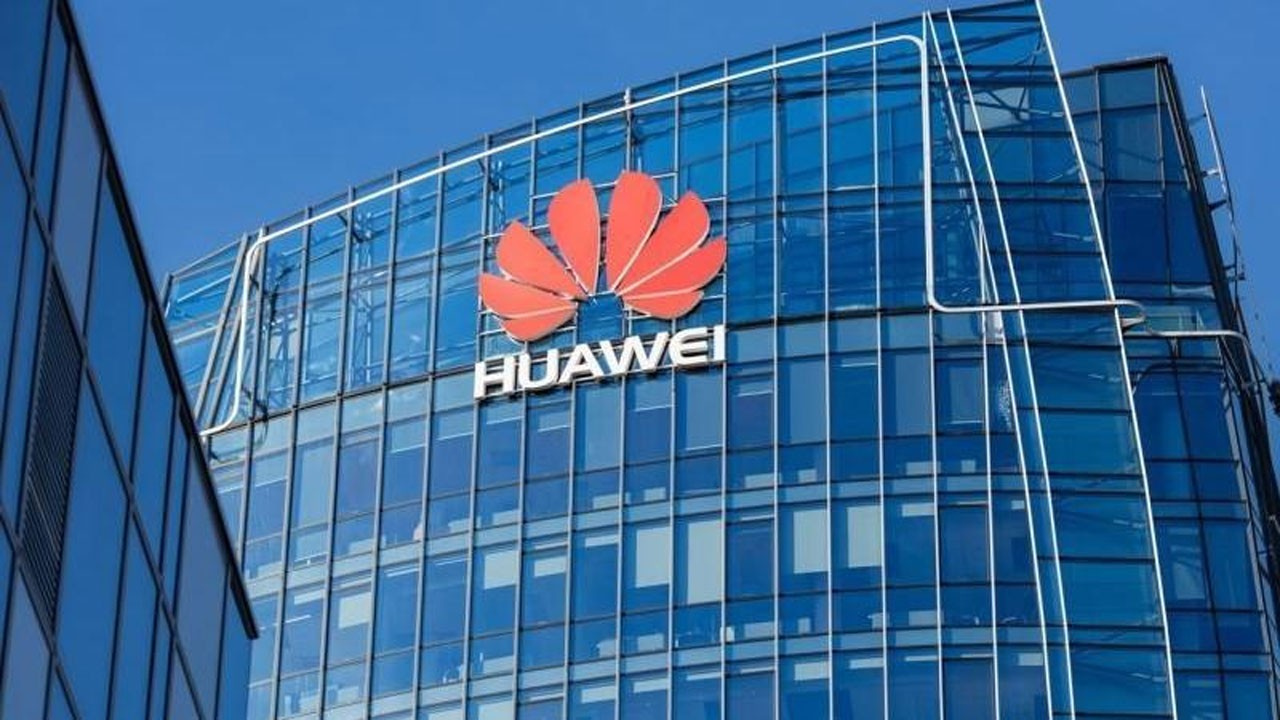 Huawei telefonlarının 3 modeline satış yasağı geld