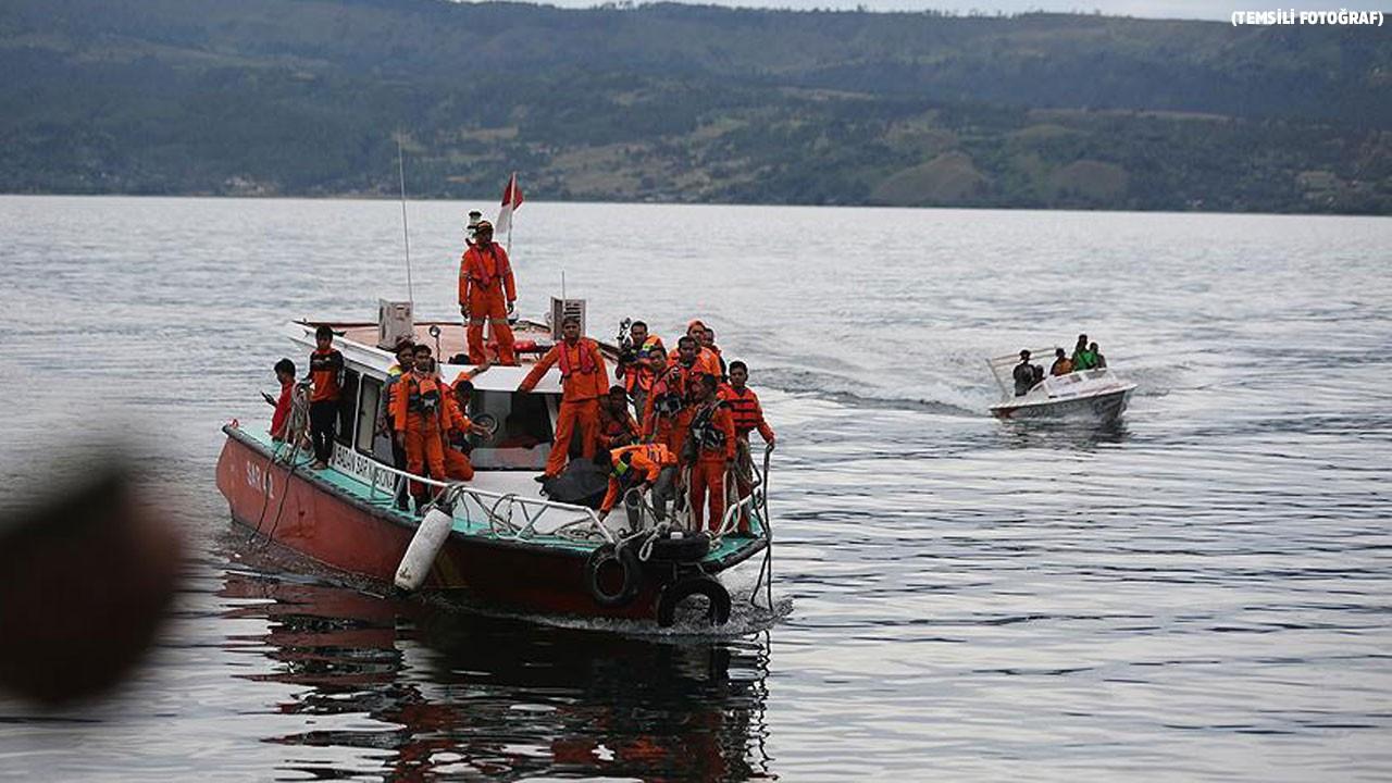 Yolcu teknesi battı!.. 2 ölü!