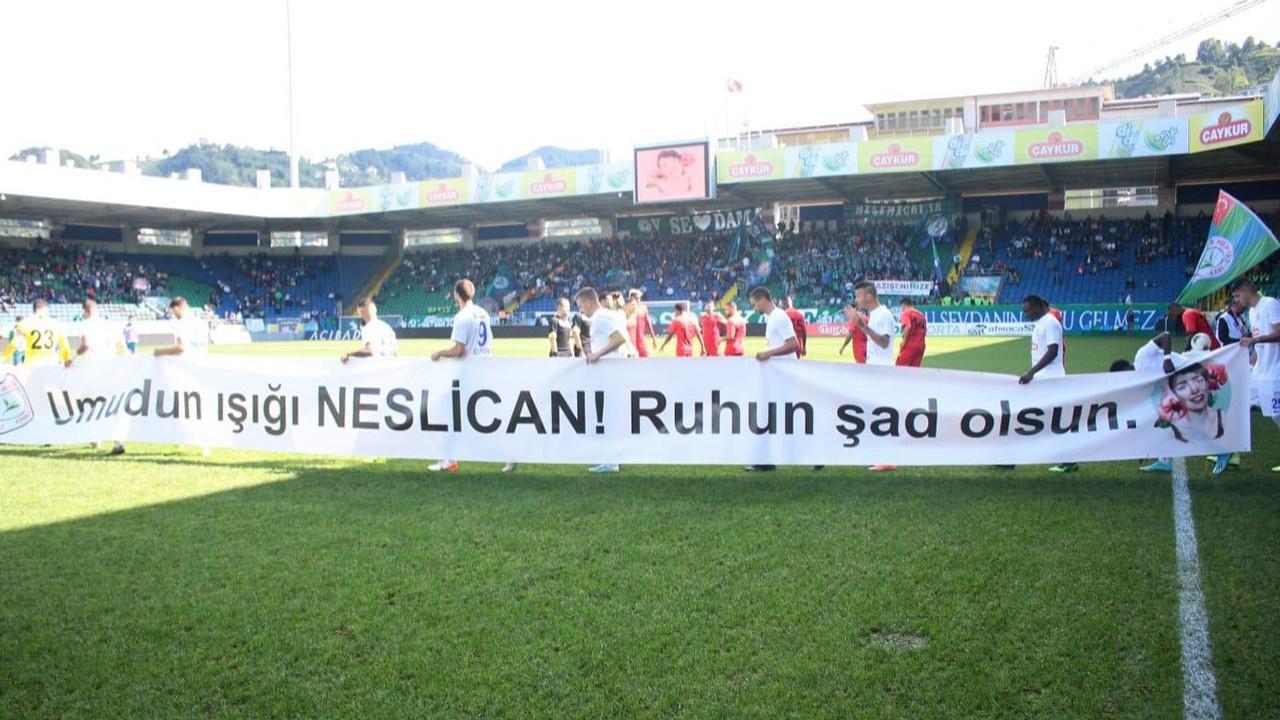 Çaykur Rizespor #NeslicanTay'ı unutmadı!