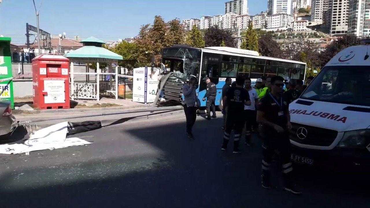 Halk otobüsü durağa daldı!.. Ölenler var!