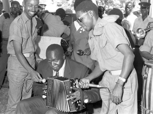 Uganda Kasabı İdi Amin'in hiç yayımlanmamış fotoğrafları ortaya çıktı - Sayfa 4