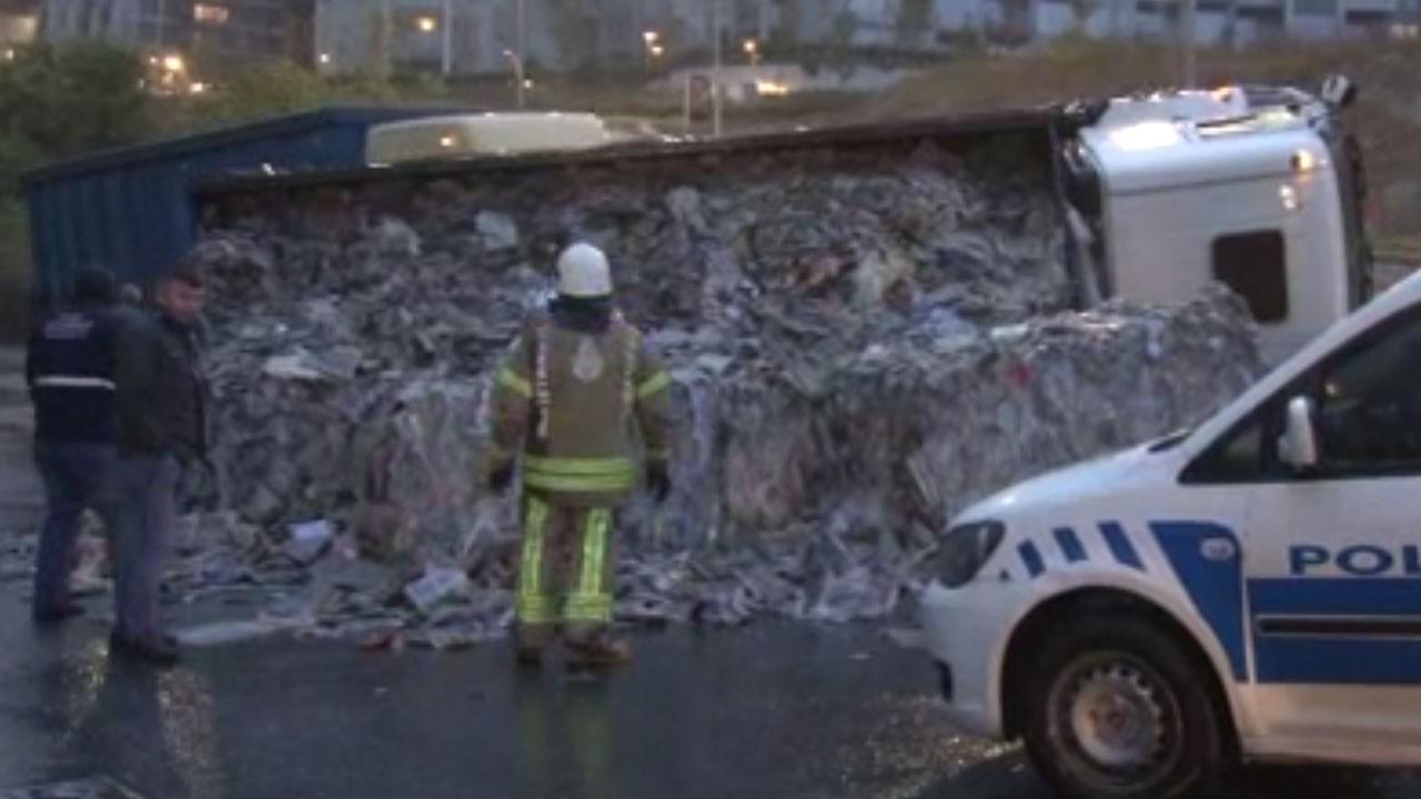 İstanbul'da trafiği felç eden kaza!