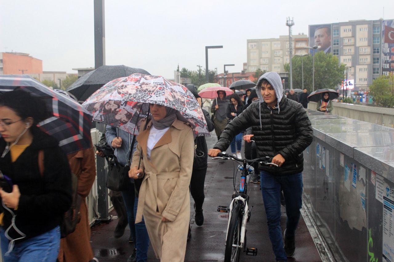 İstanbul'da kuvvetli yağıştan manzaralar - Sayfa 3