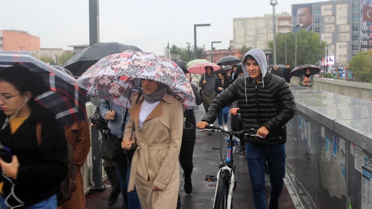 İstanbul'da kuvvetli yağıştan manzaralar