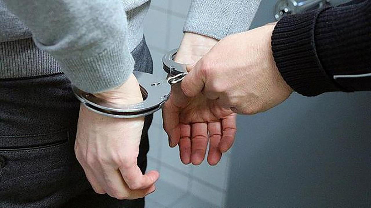 Öz torunlarına cinsel istismardan tutuklandı