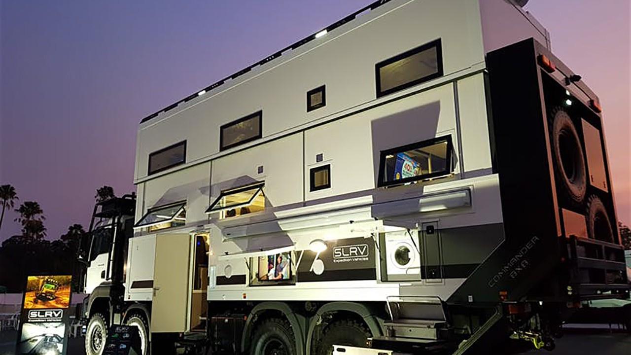 8 kişilik çift katlı karavan!