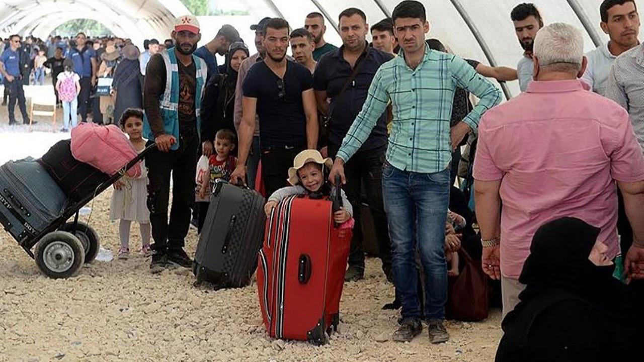 İstanbul'da 34 bin göçmen başka illere gönderildi