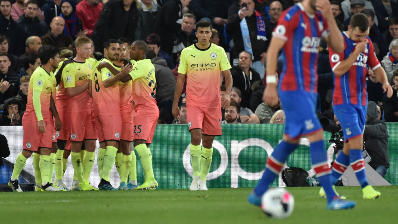Manchester City deplasmandan 3 puanla döndü