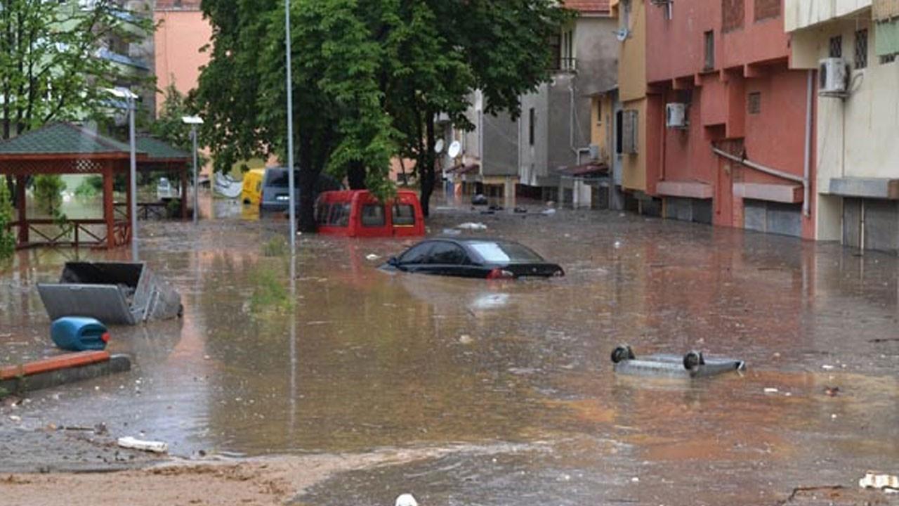 Meteoroloji bölge bölge uyardı!.. Sel, su baskını, sis, pus...