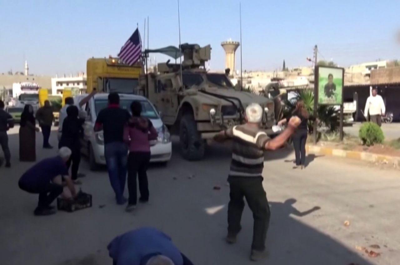 Teröristler Kamışlı'dan çekilen ABD askeri konvoyuna saldırdı - Sayfa 1