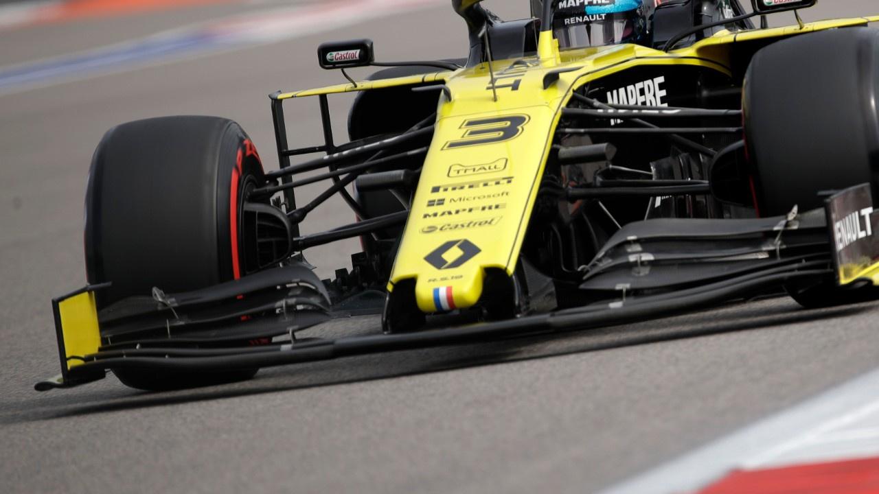 F1'de Renault'ya diskalifiye şoku!