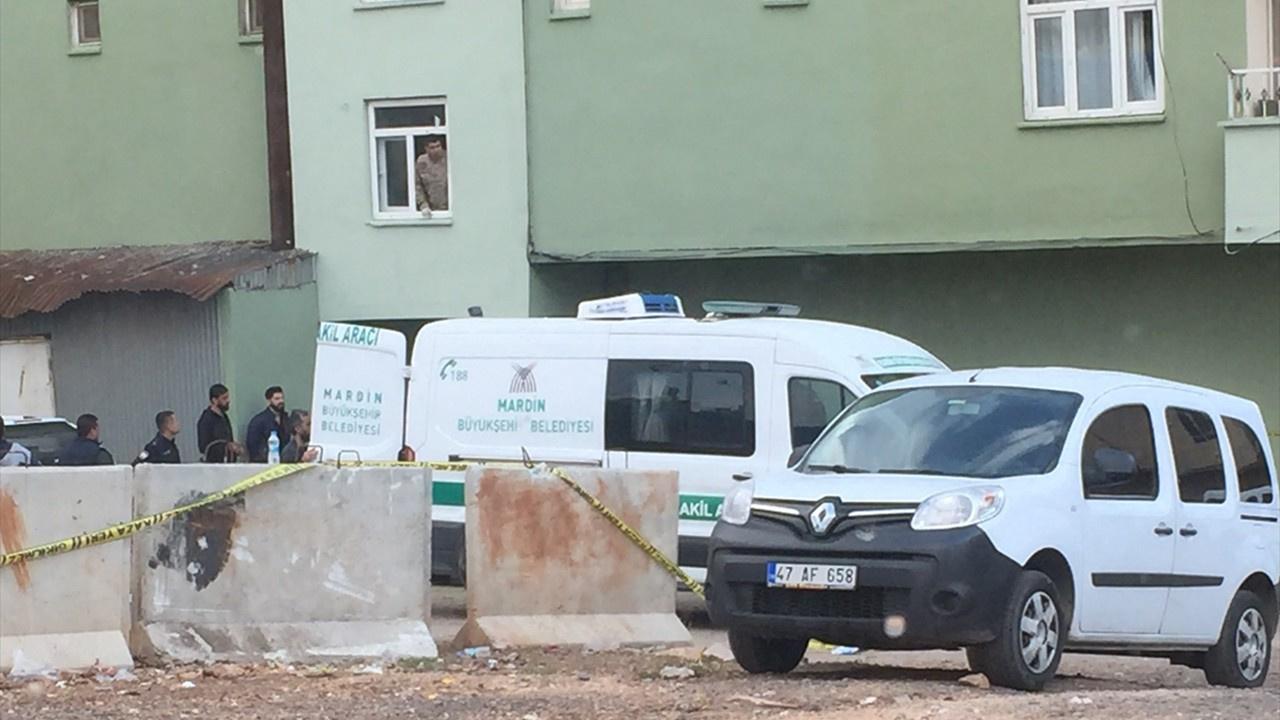 Polis memuru, eşini ve kayınvalidesini öldürdü