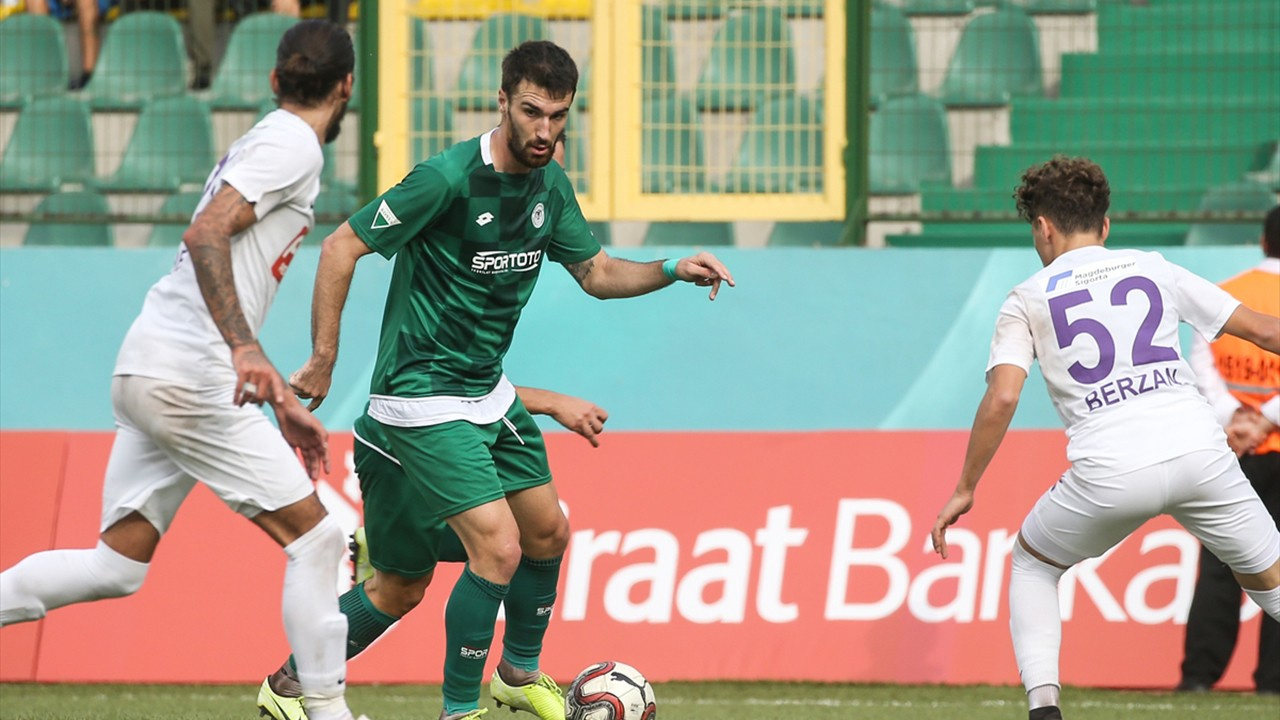 Konyaspor kupadan elendi