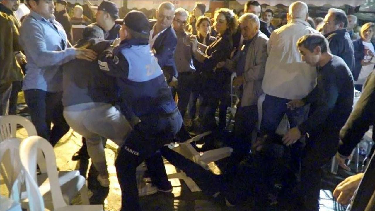 Efes Selçuk Belediye Başkanı Sengel'e saldırı