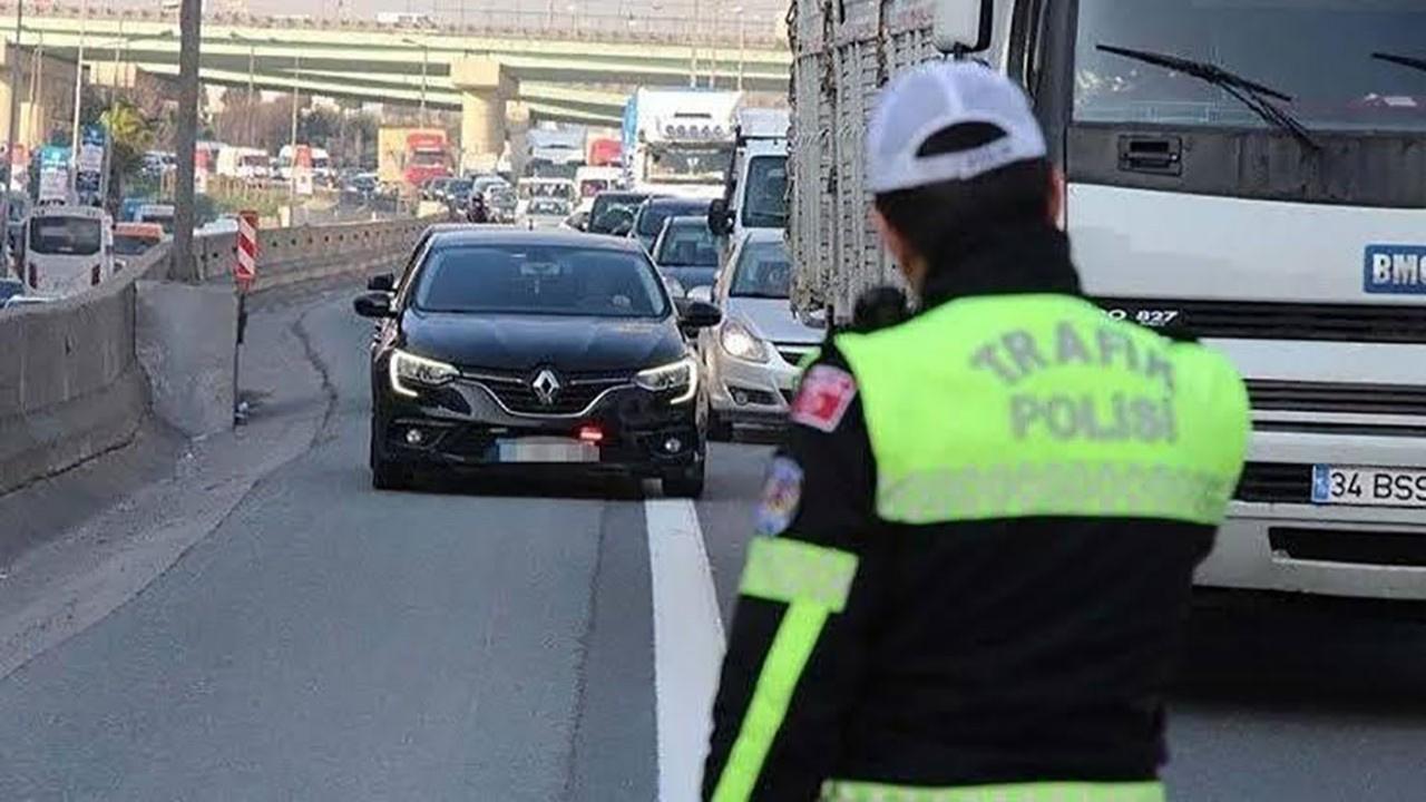 İstanbul'da ilk gün 63 çakarlı araç yakalandı