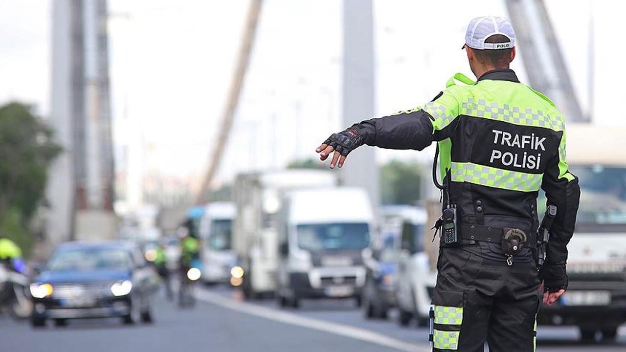 Milyonlarca sürücüyü ilgilendiriyor!.. İşte yeni yılda trafik cezalarına gelecek zamlar!