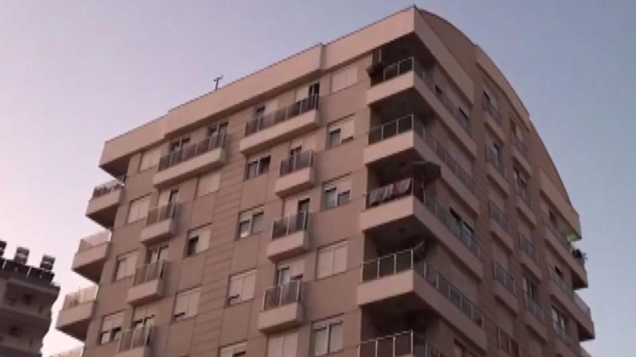 Antalya'da kan donduran olay!.. Aynı aileden 4 kişi evlerinde korkunç halde bulundu!