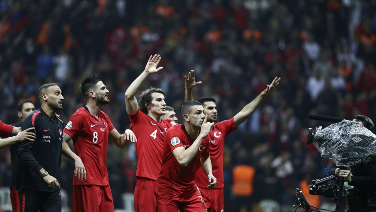 9 futbolcu A Milli Takım kadrosundan çıkarıldı
