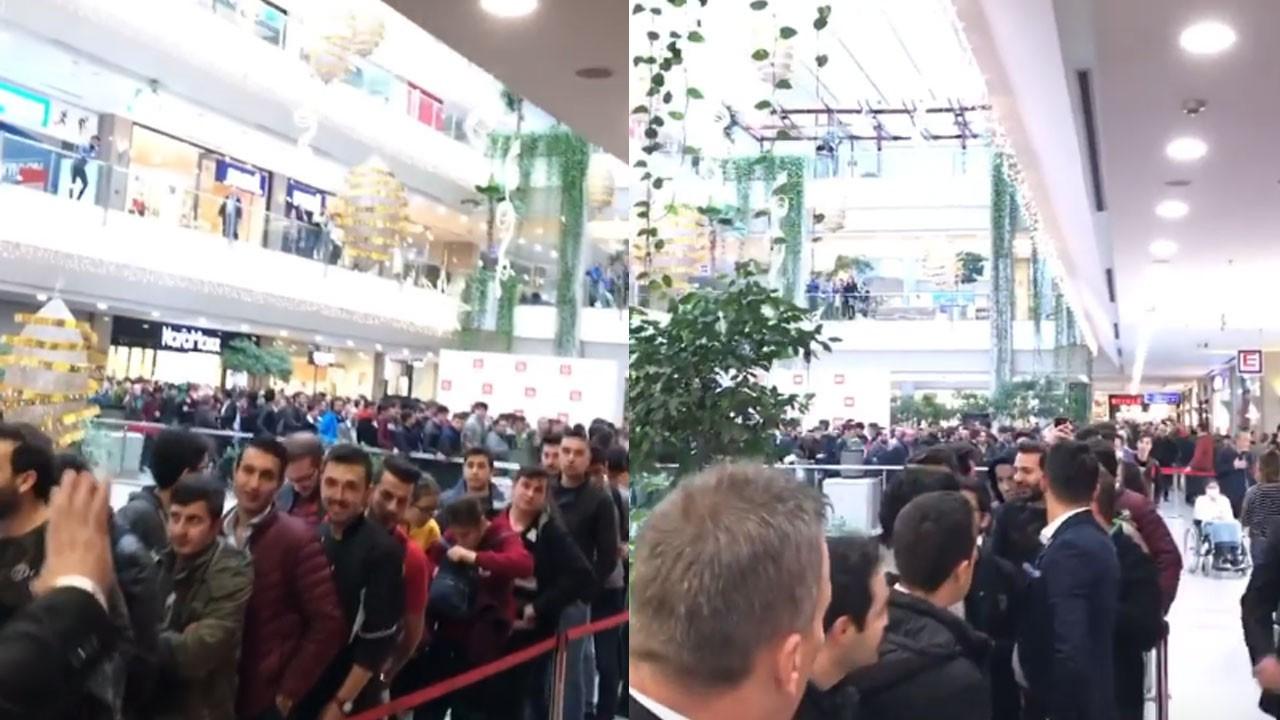 Mi Store açılışı izdiham nedeniyle ertelendi